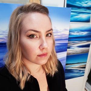 Artist Kylee Turunen - Oceanside Art gallery